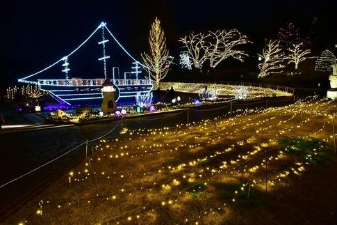 2018-12-22  A-Resized  スターライトイルミネーション(森林公園)‥ (23).jpg