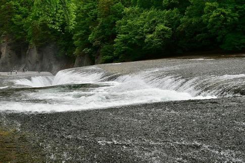 2019-05-18  A-Resized  吹割の滝(群馬県沼田市利根町)‥ (5).jpg