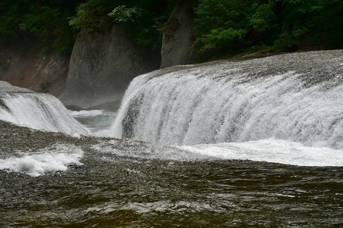 2019-05-18  A-Resized  吹割の滝(群馬県沼田市利根町)‥ (7).jpg